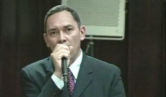 El diputado por Mérida, Carlos Ramos en su intervención durante la sesión ordinaria de este 13 de agosto