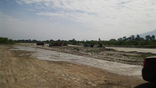 Así va la obra de la vía alterna sobre el río Chama luego de un año de anuncios, constató el diputado Carlos Ramos