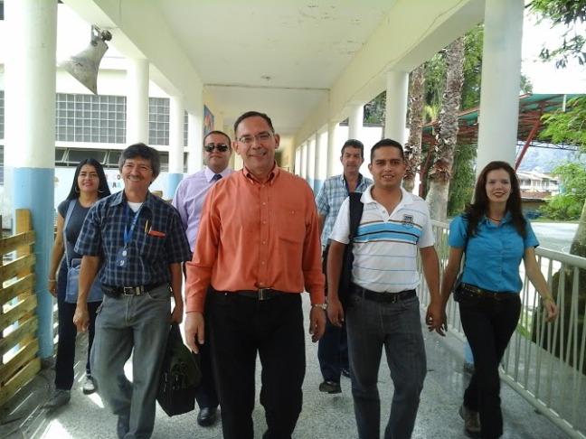C.R. visita Escuela Godoy