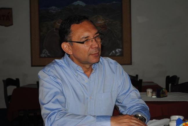 """Diputado Carlos Ramos: """"gremios profesorales y del sector de los trabajadores administrativos y obrero exigen que se tome en cuenta la dramática caída de su poder adquisitivo"""""""